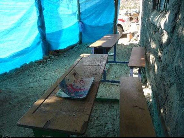 بی شناسنامگی تعدادی از روستاییان، تحصیل 60 دانش آموز در شش پایه در مدرسه یک کلاسه!