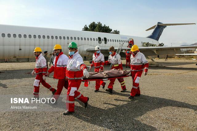 ماجرای خلبانی که 151 مسافر را سالم به زمین نشاند